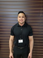 Manager Trainee Michael Cadelinia